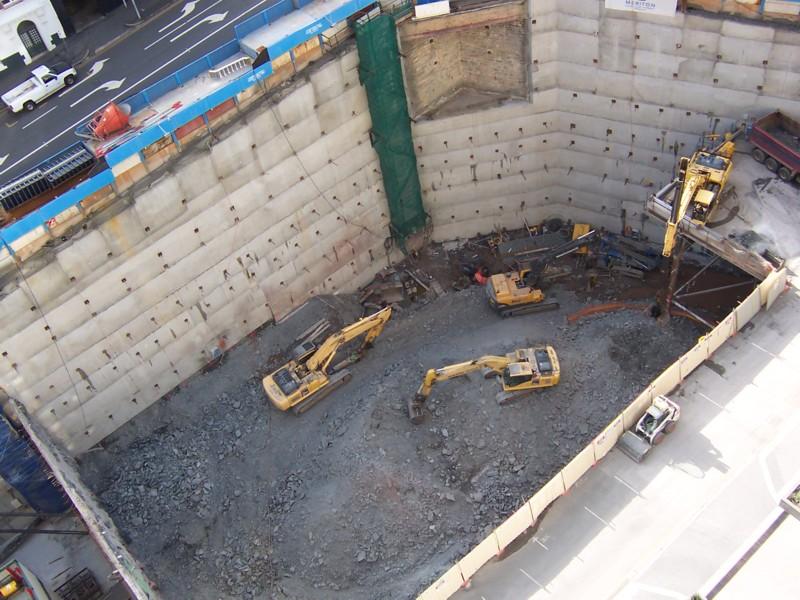 حفاری و خاکبرداری ساختمان